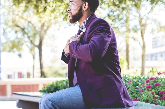 fialové sako
