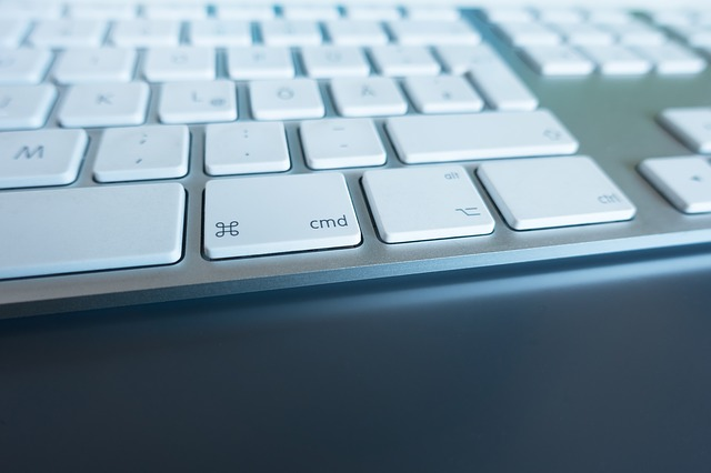 počítačová klávesnice.jpg